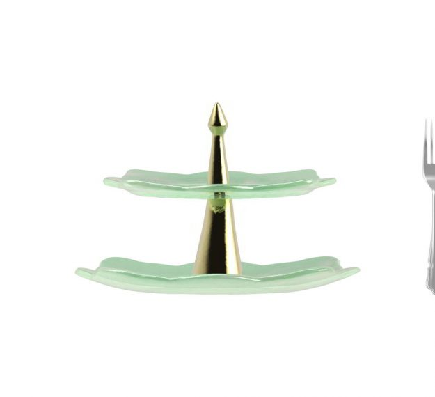 AnnaVasily- Sampa is a handcrafted green high tea stand. Jade green with pearly white highlights are fused and the stand has a bronze stem.