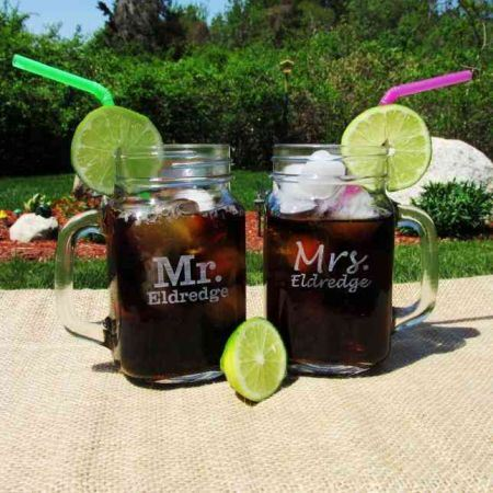 2 customized ice tea glasses with background a garden