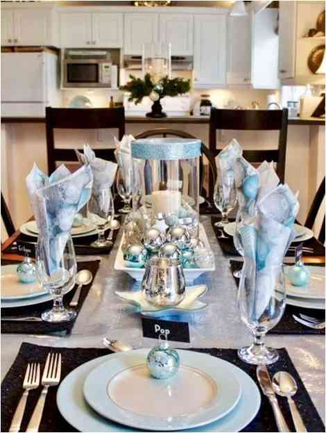 Bluish overtones as a CHristmas table setting