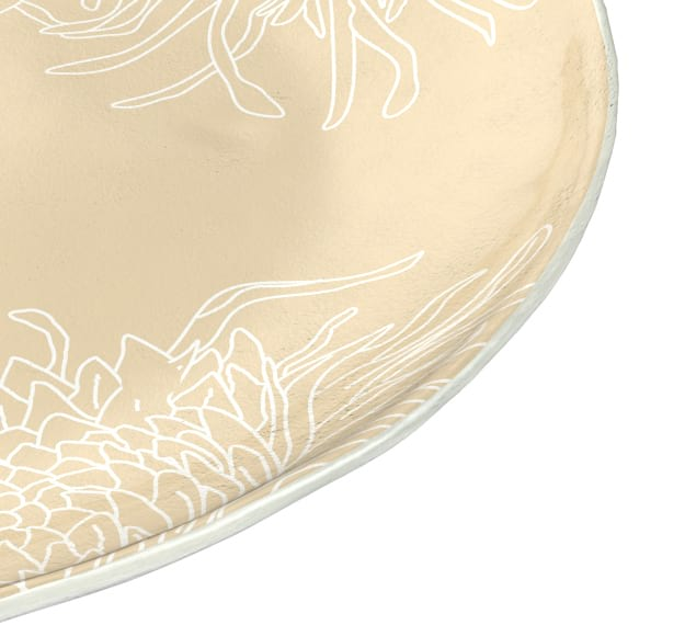 Round Risotto Plate in Cream with Floral Motifs by Anna Vasily - Detail View