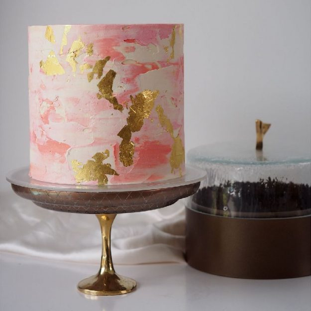Cake Stand with Dome Caryn by Anna Vasily