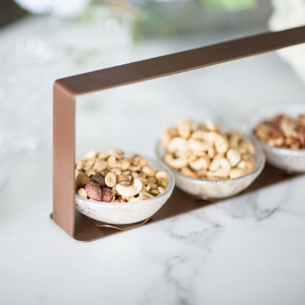 Brown Nut Bowl Caddy Hele by Anna Vasily