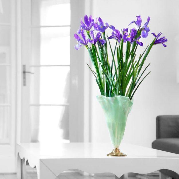 Glass Flower Vase Design On Brass Base