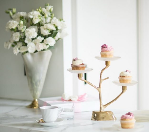 Amel Cupcake Tier Stand With Glass Plates