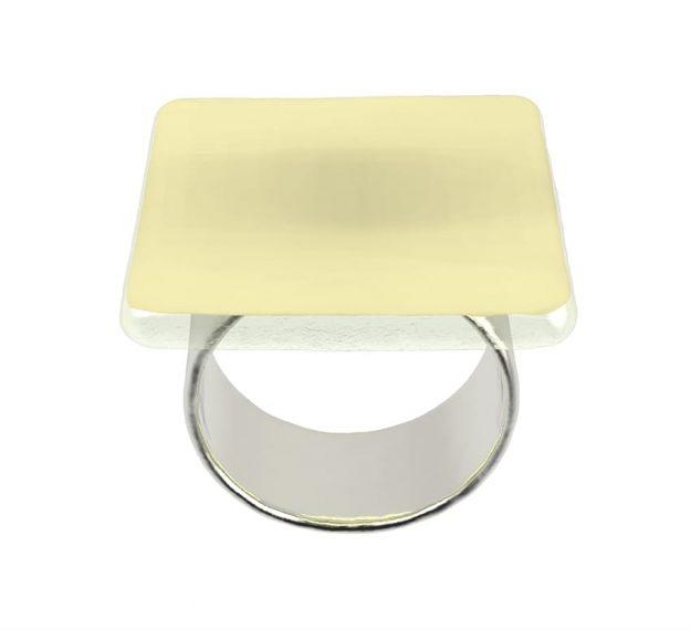 Gold Napkin Rings - Kama Set of 6 Elegant Napkin Rings | AnnaVasily - 3/4 View