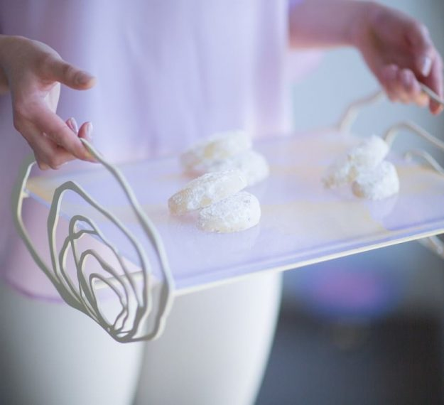 Unique lilac cake stand with handles