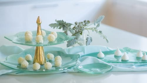 Modern high tea stands and high tea plates for afternoon parties by Anna Vasily.